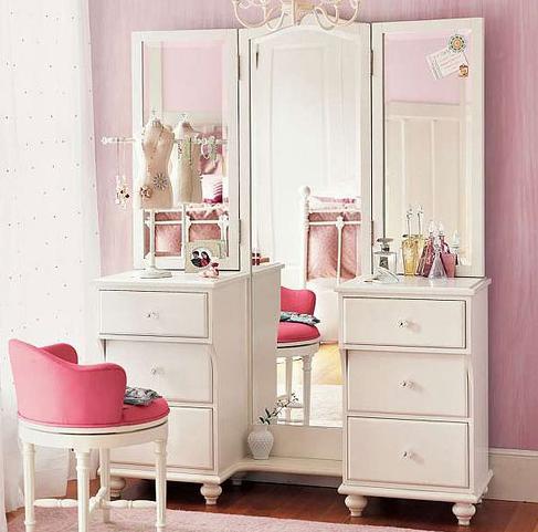Туалетный столик белый дизайн